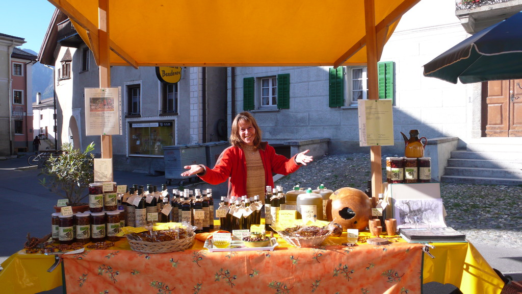 Dorfmarkt in Sent (2009)