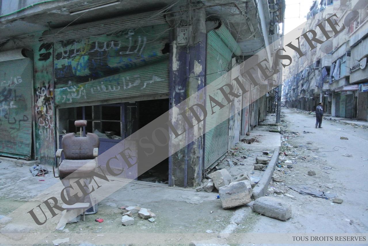Dans une rue du quartier de Salaheddine, à Alep le 15/03/2013.