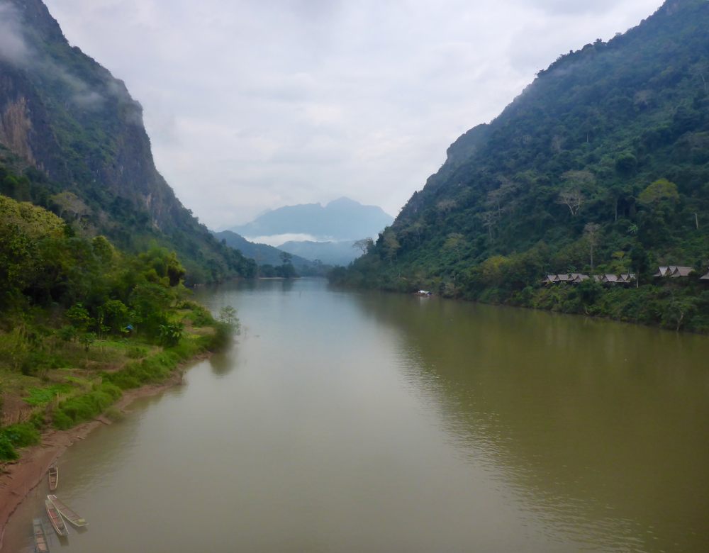 Der Nam Ou River in Nong Khiaw