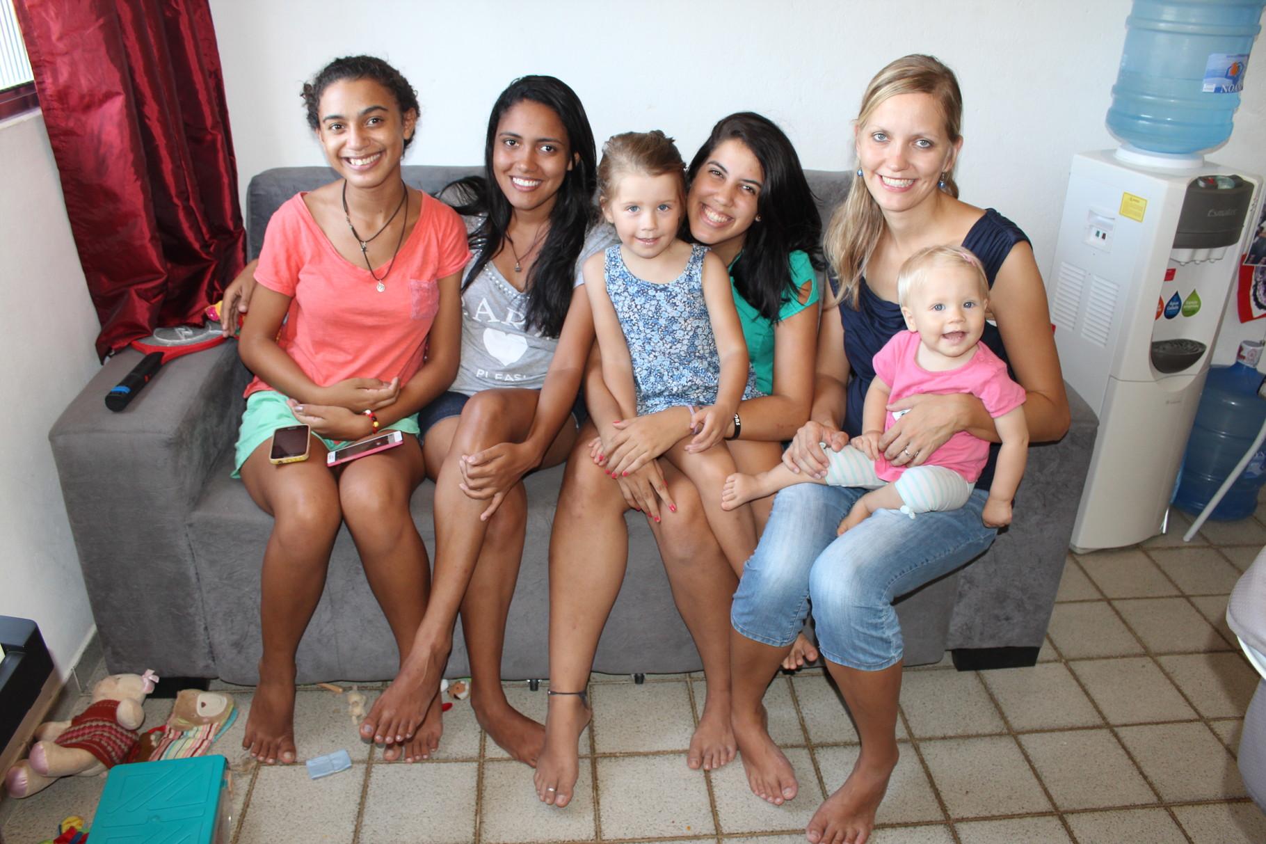 Besuch von den DTS-Studentinnen Esther, Nathally und Victorya aus Brasilien