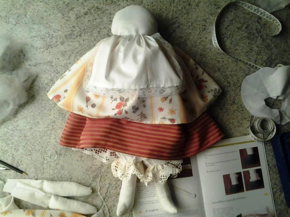 """studio e realizzazione delle bambole di pezza """"Giulietta"""""""