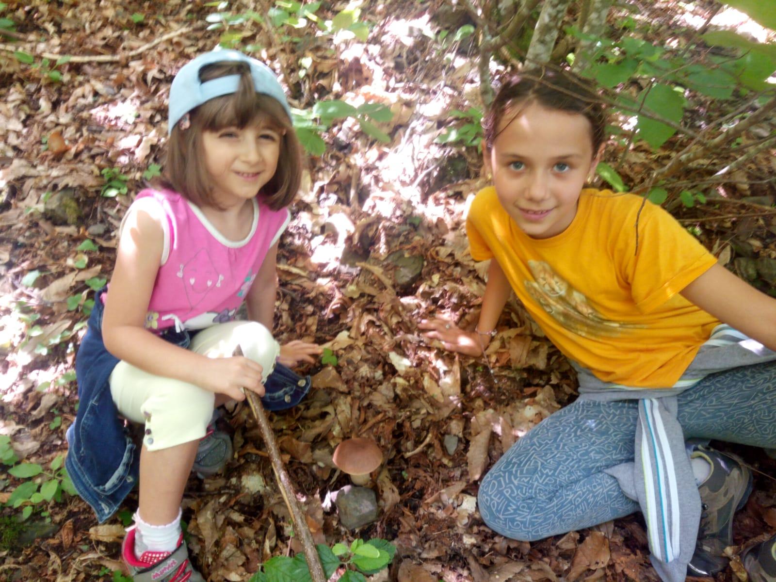 Lisore di Cerignale (PC)  10 giugno  - Giornata dello scoiattolo