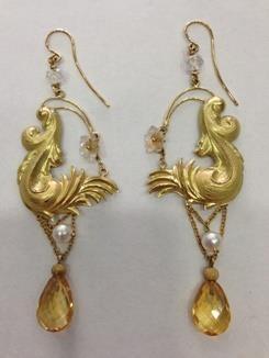 Orecchini in oro giallo perle e quarzo citrino