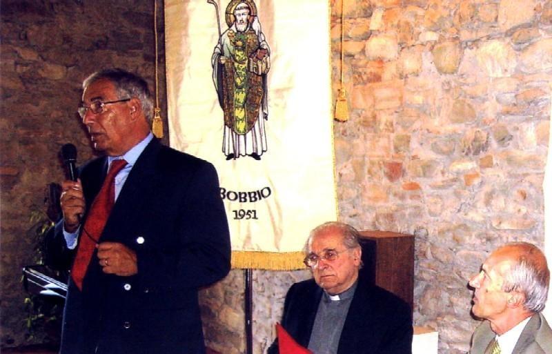 L'autore Gigi Pasquali ringrazia i presenti