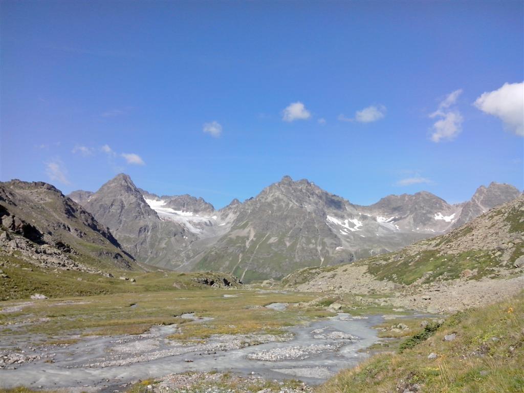 Replat après le Jamtalhütte : vue sur le Getschner joch