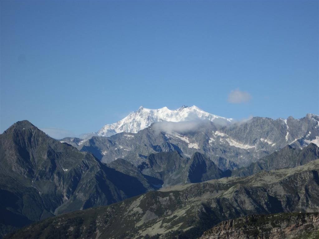 Le massif du Mont Rose s'offre enfin à nos yeux