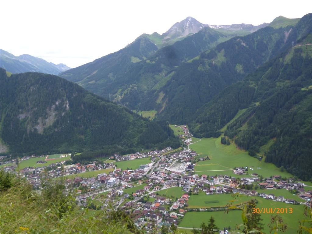 Vue sur Mayerhofen en montant vers Astegg