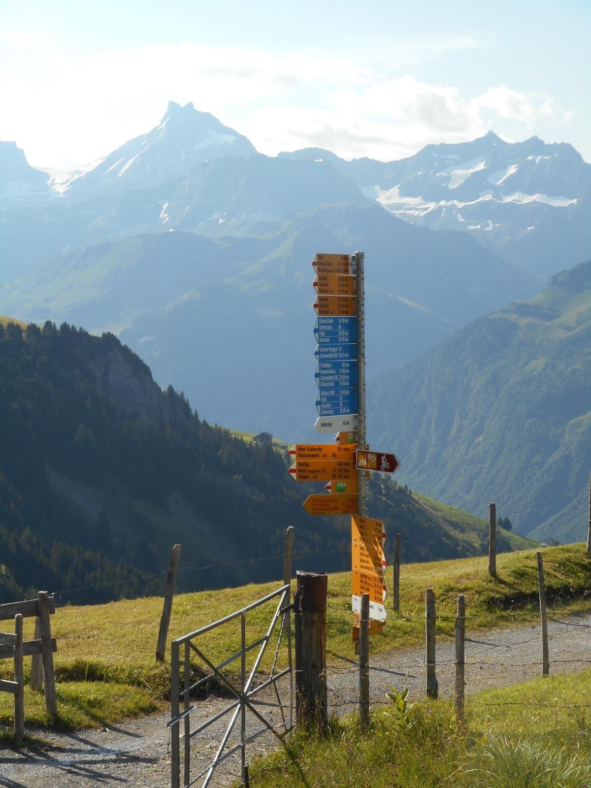 En Suisse, la signalétique, ça rigole pas !