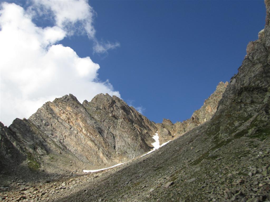 Brumes et éclairicies se succèdent au Val Maggia