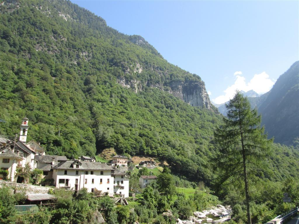 Le petit village de Prato