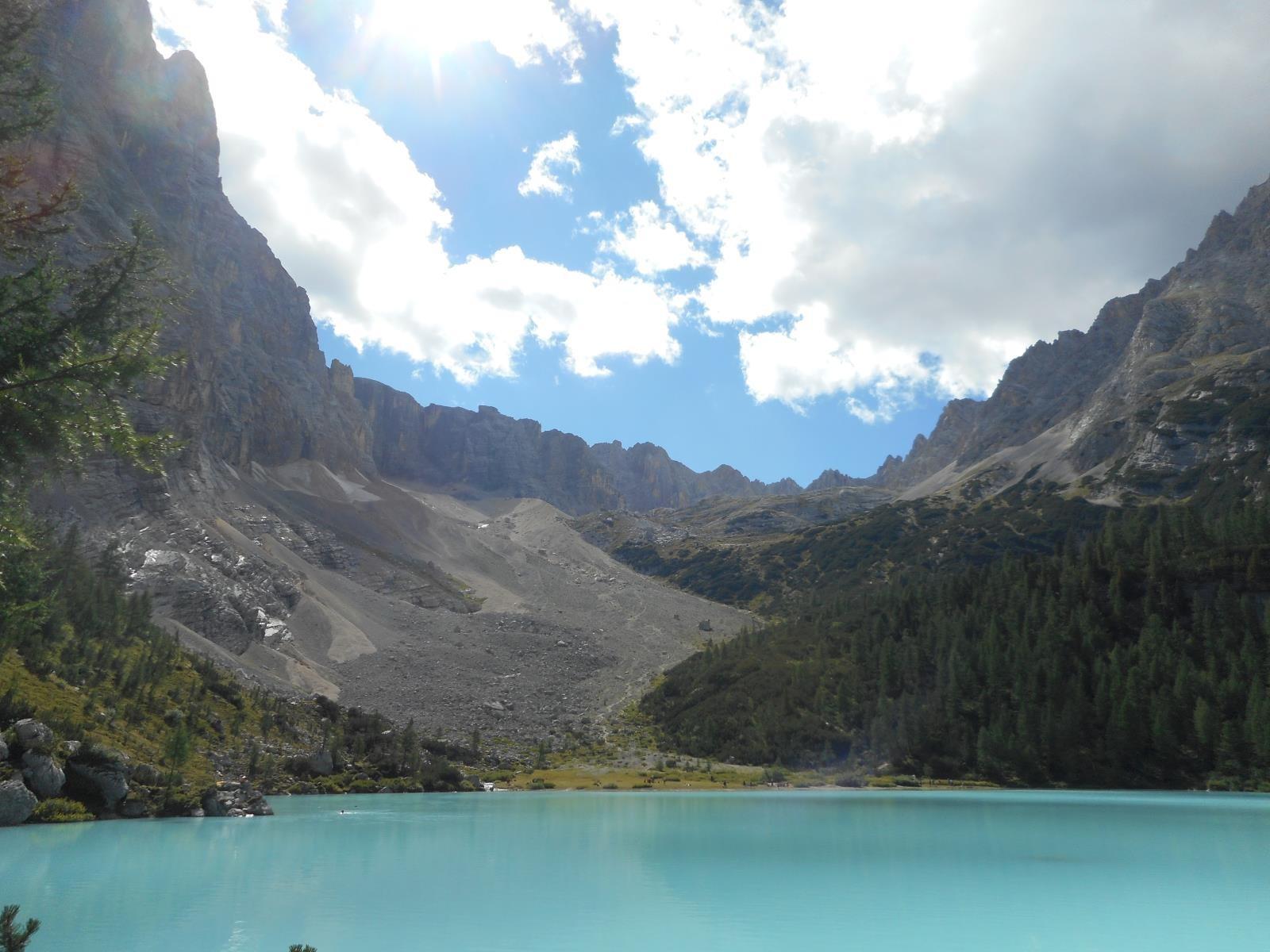 Au pied du lac Sorapis