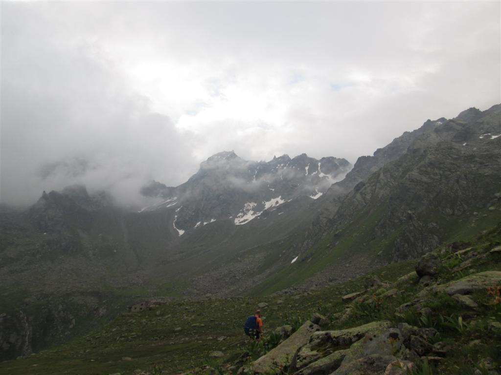 Descente du Vergaldner Joch (2511m), vers le Tütinger Hütte 52191m)