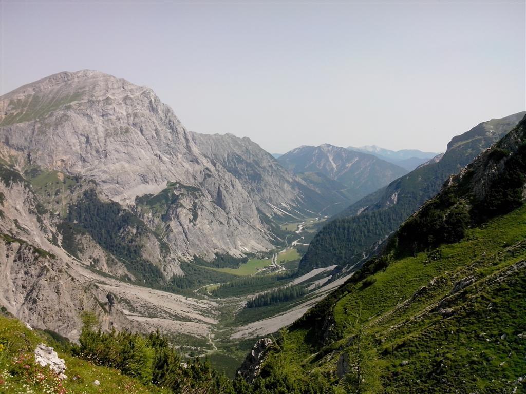 Vallée de Laliders depuis le Holhjoch (1794m)