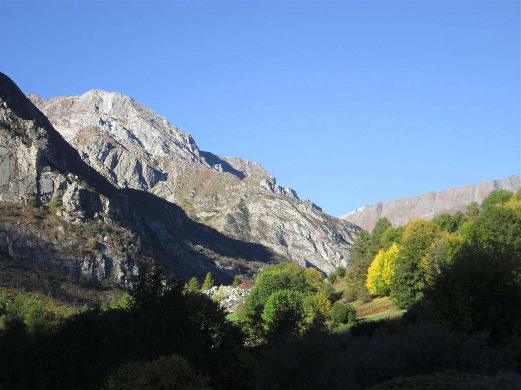 Remontée de la vallée de Bellino sous le soleil retrouvé (pour quelques jours !)