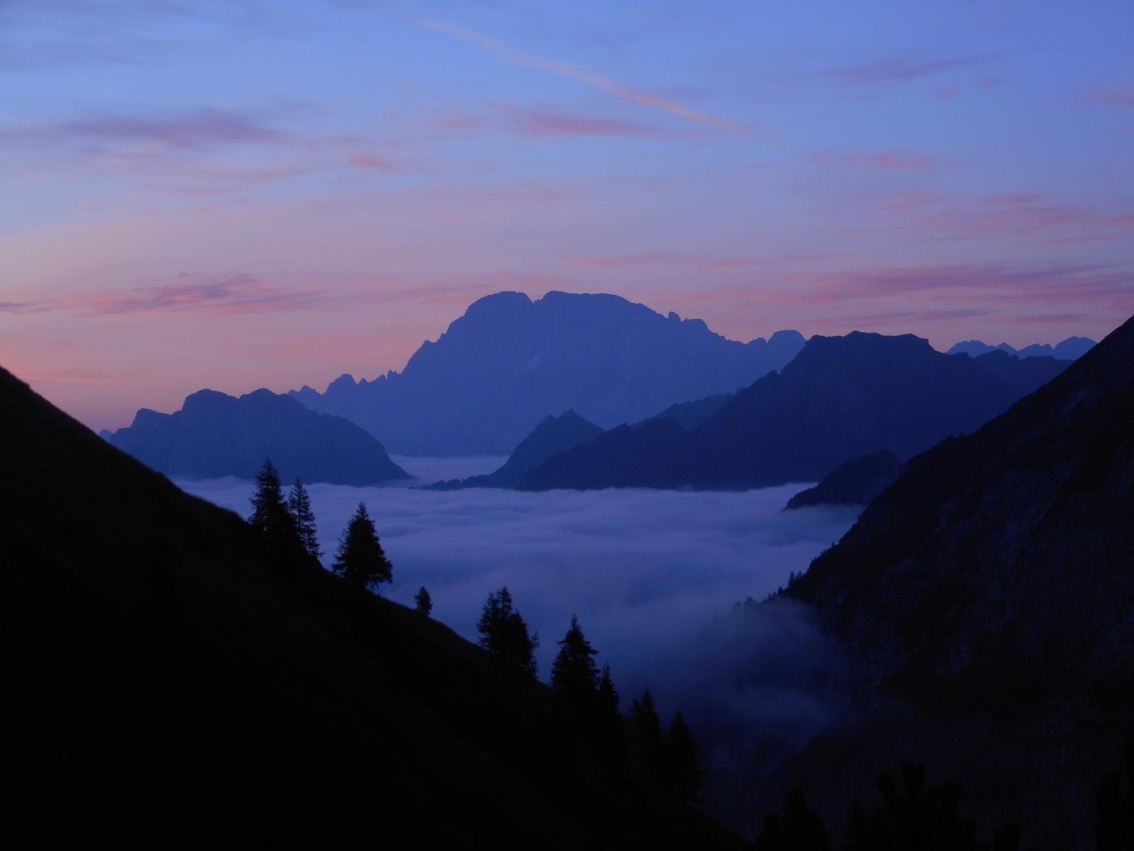 Val Ombretta, lever de soleil sur le Pelmo