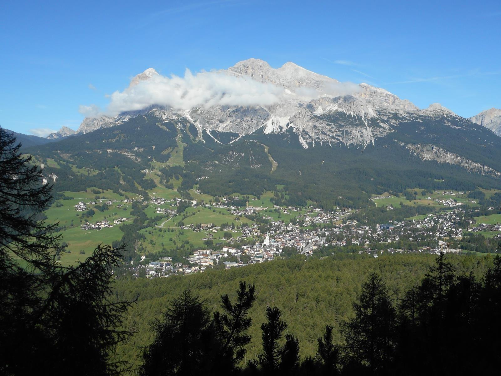 Gruppo del Cristallo (3221m) et Cortina d'Ampezzo