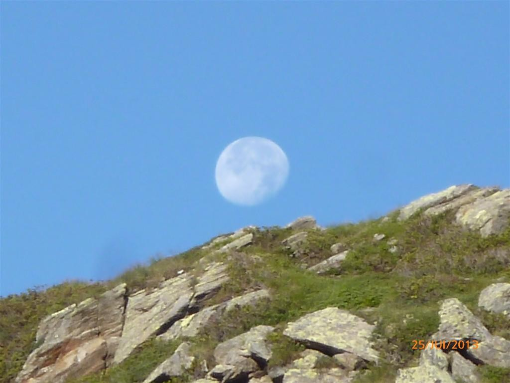 Lune soous le col de Grubischarte