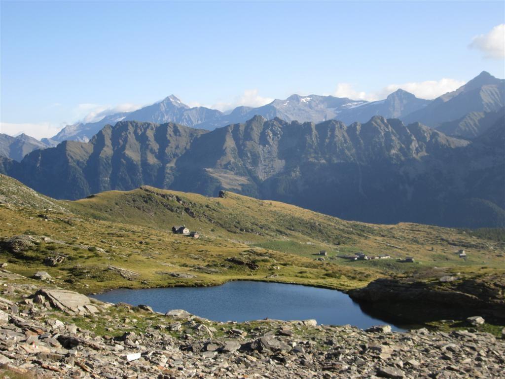 Petit lacv avant la capana UTOE (2100m)