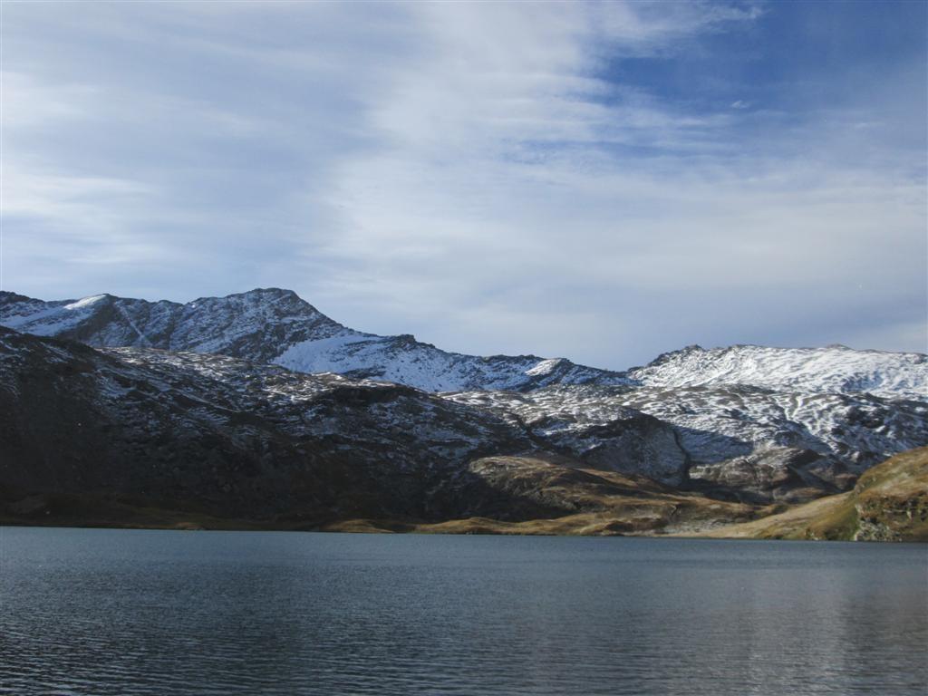 Lago Miserin, 2560m, on approche de la neige ...