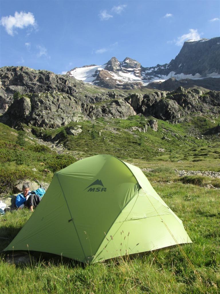 Bivouac dans le vallon Dosde (2150m). Variante