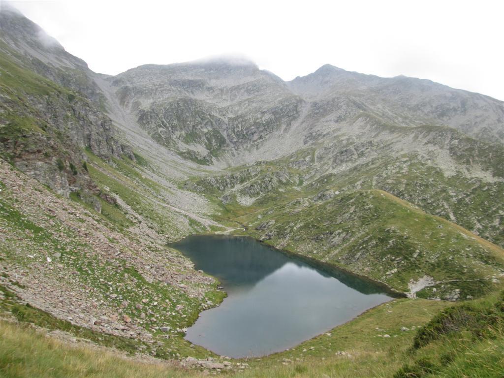 Lago en coeur à l'alpe Calvaresce (2300m). Variante.