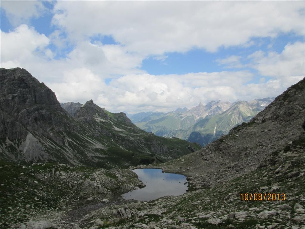Lac de Wildengund, au dessus du refuge de Meindelhermer (2013m)