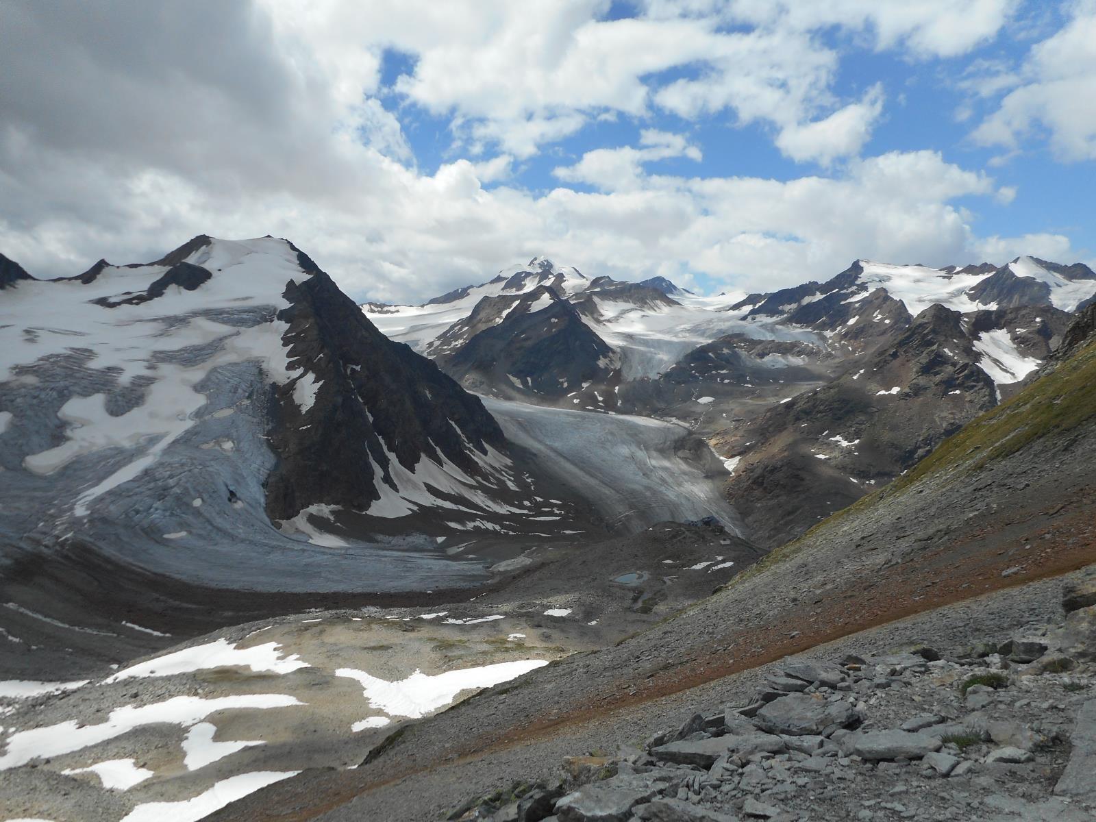 Glaciers du Pitzal, souffrant de la chaleur estivale