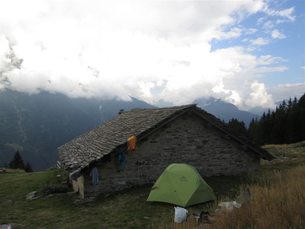 Bivouac à l'alpage de Ceta (1498m), déjà déserté en ce début septembre