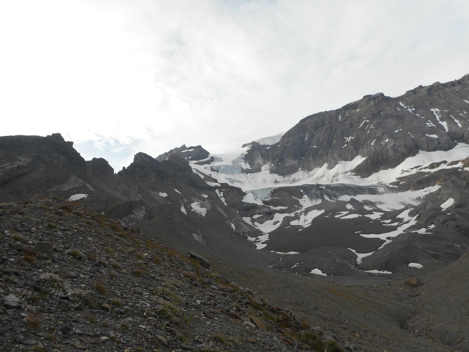 Et déjà des paysages glaciaires se dévoilent