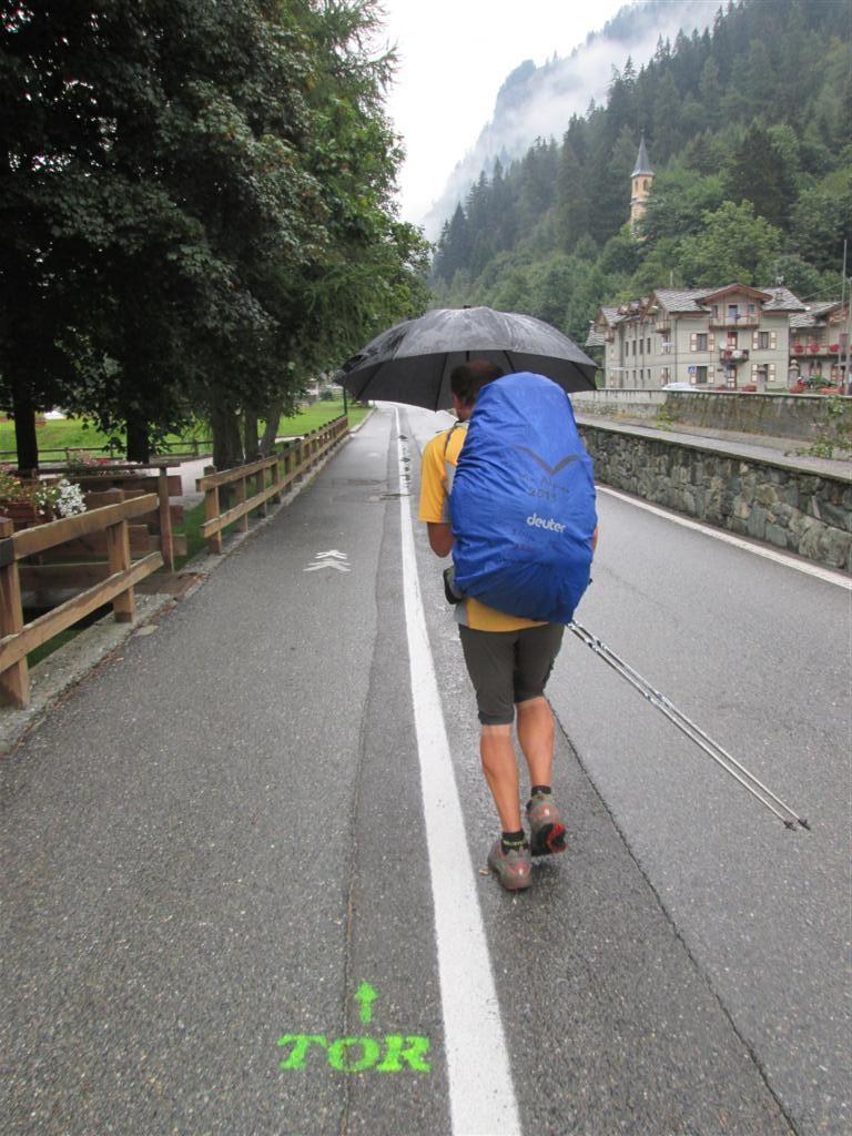 Arrivée pluvieuse A Greyssoney, sur les pas du Tor des Géants