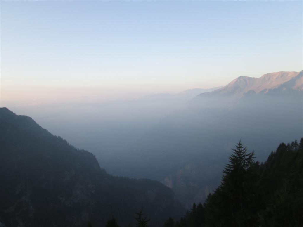 Lever du jour depuis le refuge (non gardé) de Fiorasca (2280m)