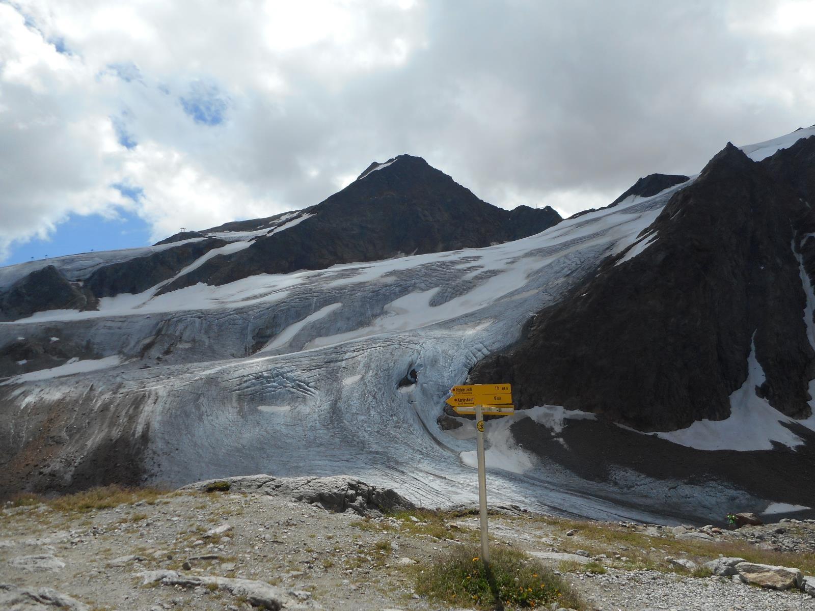 Glaciers à gogo, mais tous équipés de remontées ...