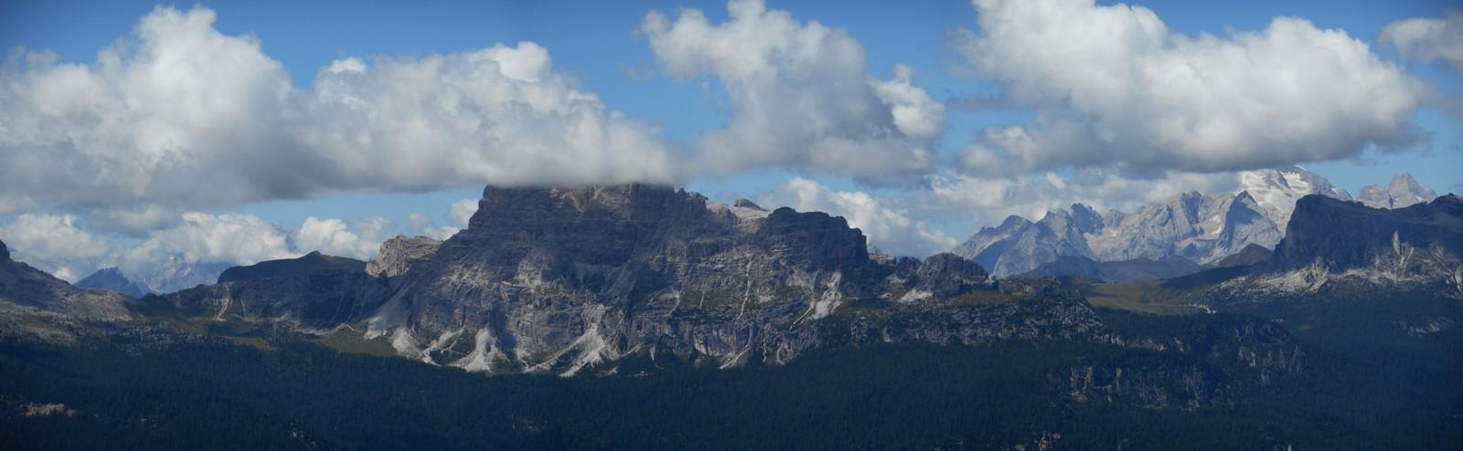 Marmolada et Pelmo (3169m)