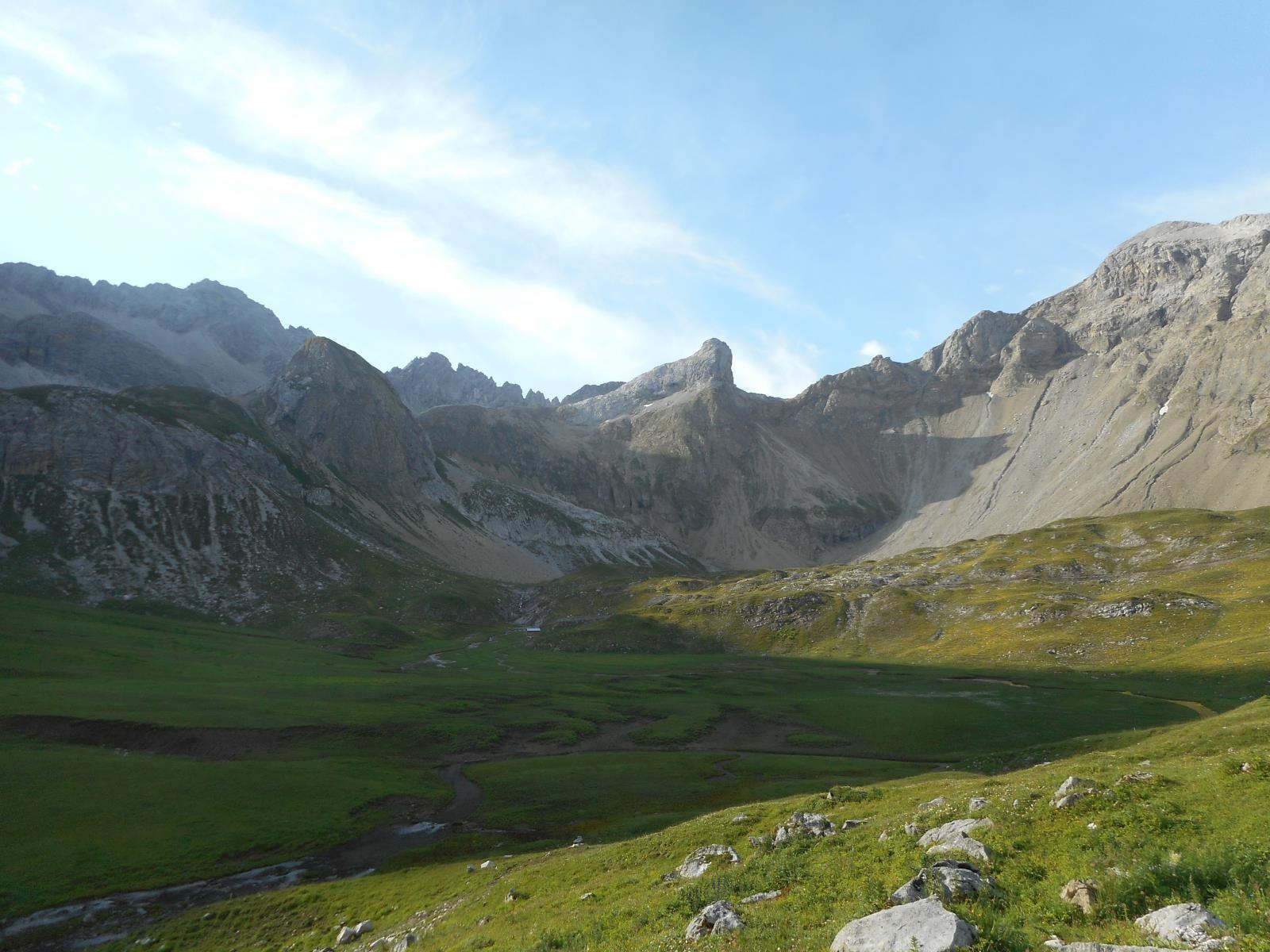 Montée vers le Seesharte (2540m) après Memmingerhütte (2260m)