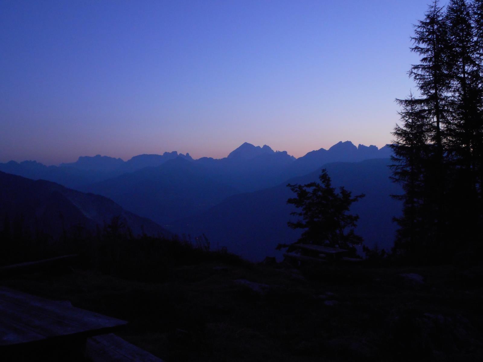 Superbe lever de soleil depuis le biv Mandro