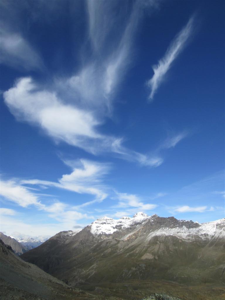 Penne Bianche (3200m) et beaux cirrus