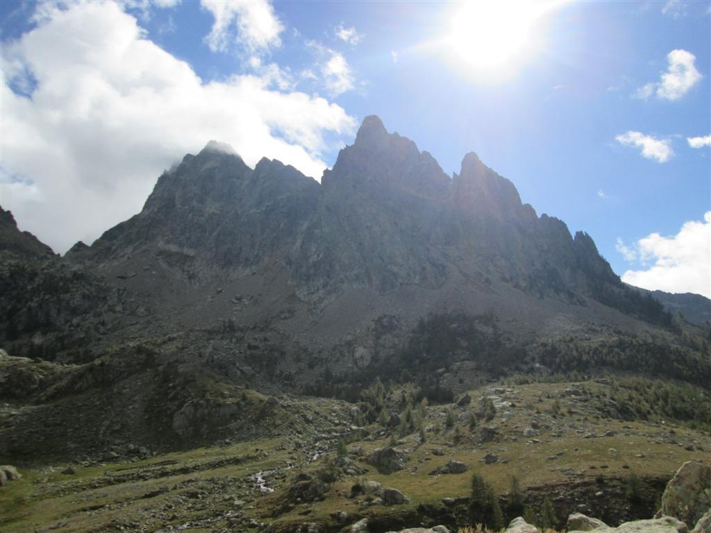 A 2000m, on coupe à niveau vers le Gias de Cabret, évitant la descente jusqu'au refuge de la madone de Fenestre