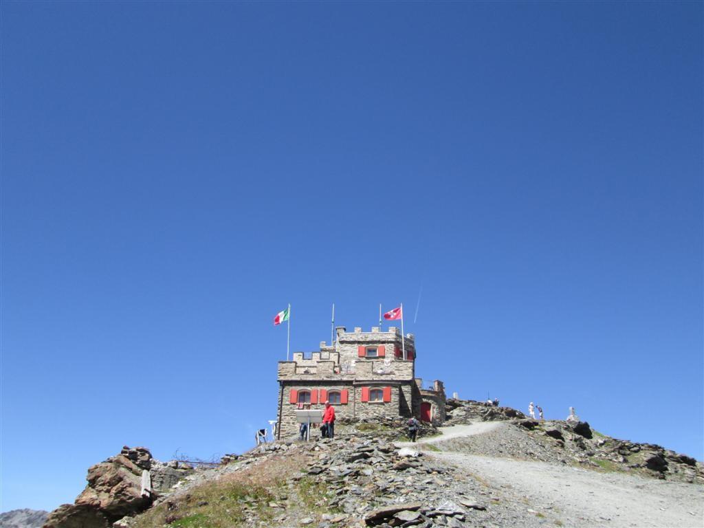Le refuge du Stilfser joch (2757m)