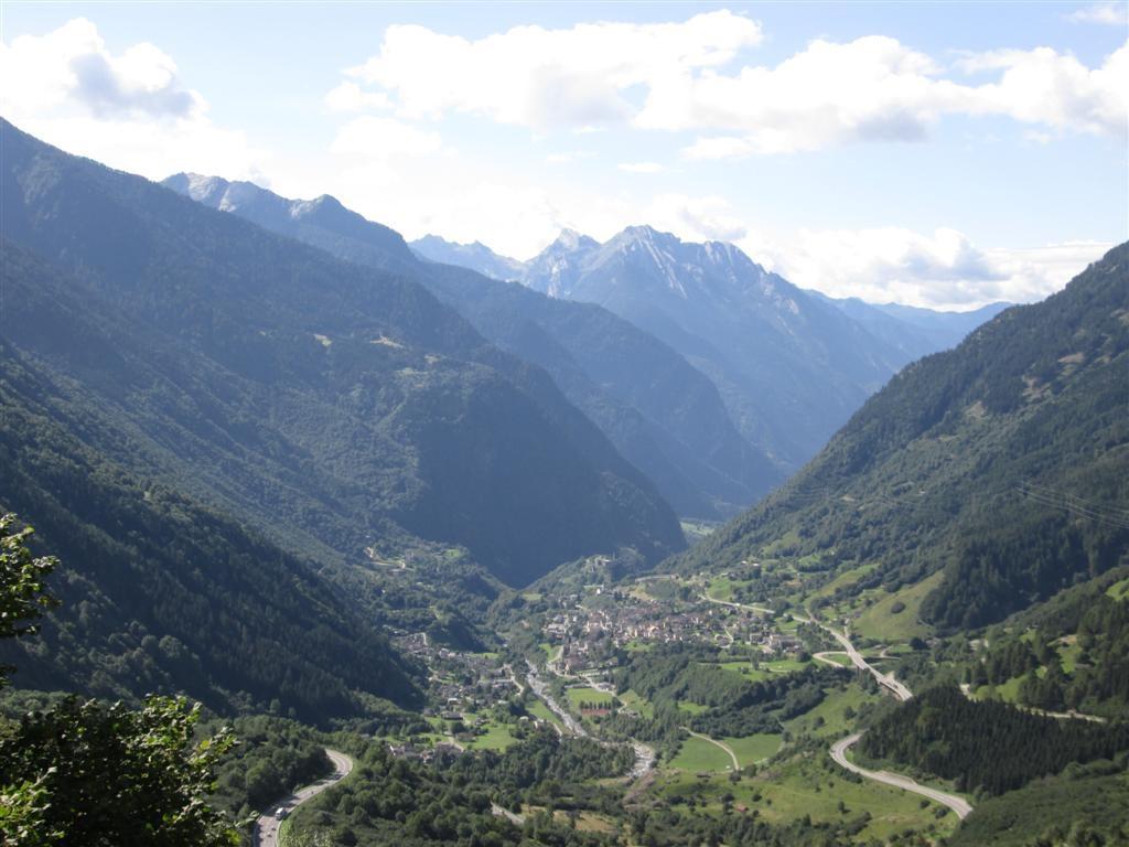 La vallée de Mesocco (ravito)