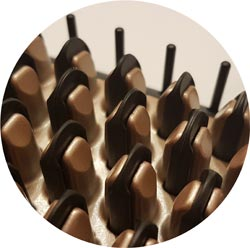 Aufheizbare Borsten der Remington Glättbürste