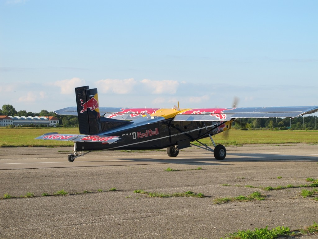 Pilatus PC-6 der Flying Bull's kurz vor dem Take-off