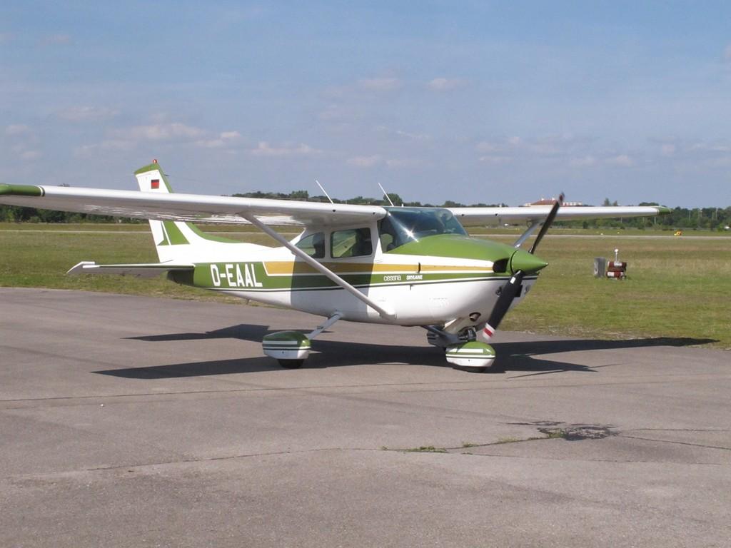 vielen Dank an Klaus mit Cessna 182