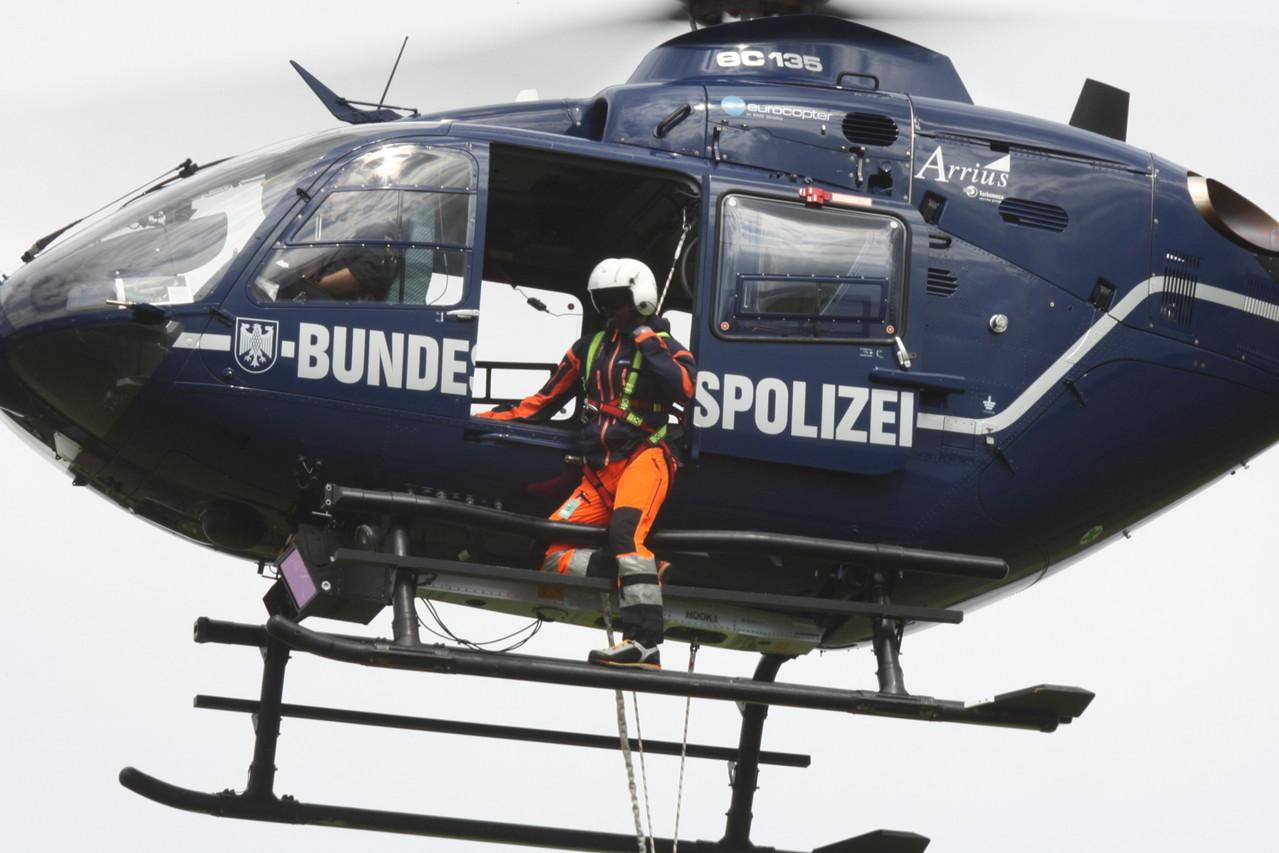 Bundespolizei u. Bergwacht Bayern, Rettungsdarstellung,.Foto: PE
