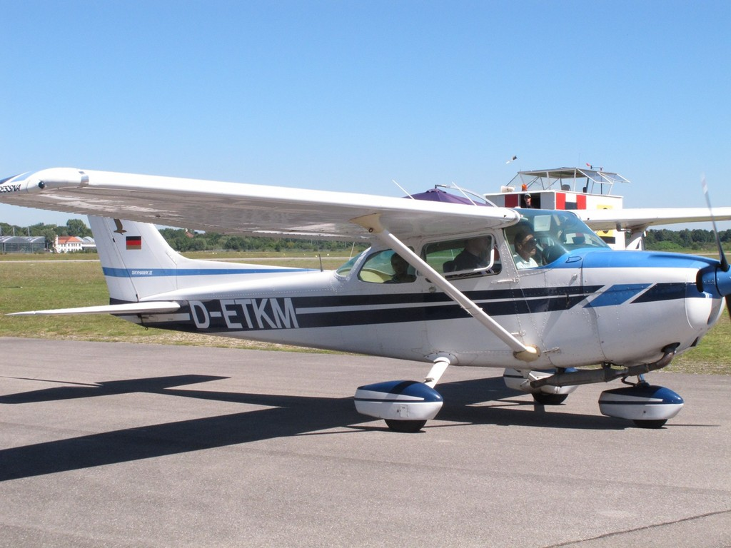 vielen Dank an Heinz mit Cessna 172