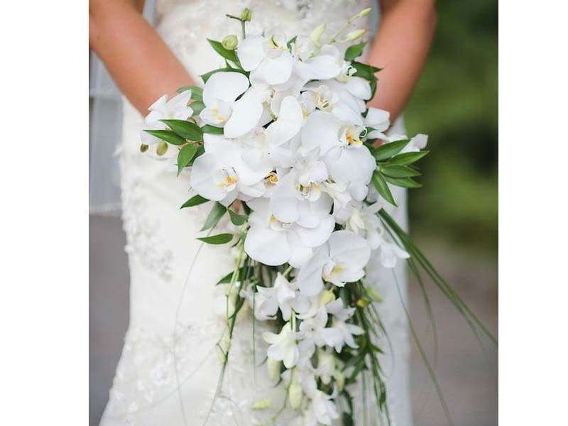 Bouquet Sposa Lungo.Il Velo Ed Il Bouquet Benvenuti Su Ralucaweddingblogger