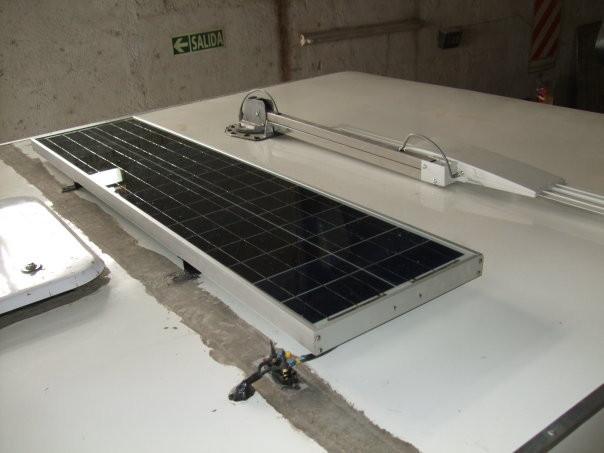 Pantalla solar en techo
