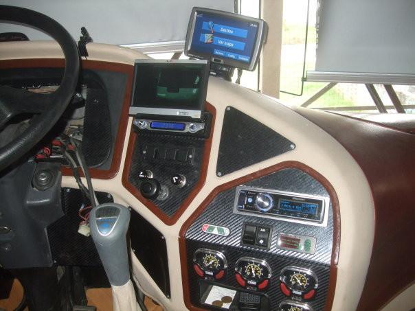 Pantalla rebatible para cámara retroceso, GPS, Stereo con DVD