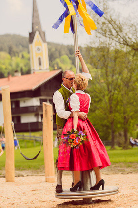 Heiraten in Tracht - Hochzeitsdirndl, Dirndl und Hochzeitskleider