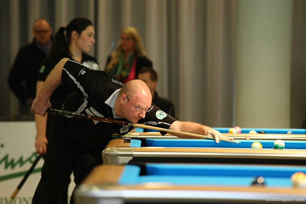 Harry in Aktion beim 9-Ball