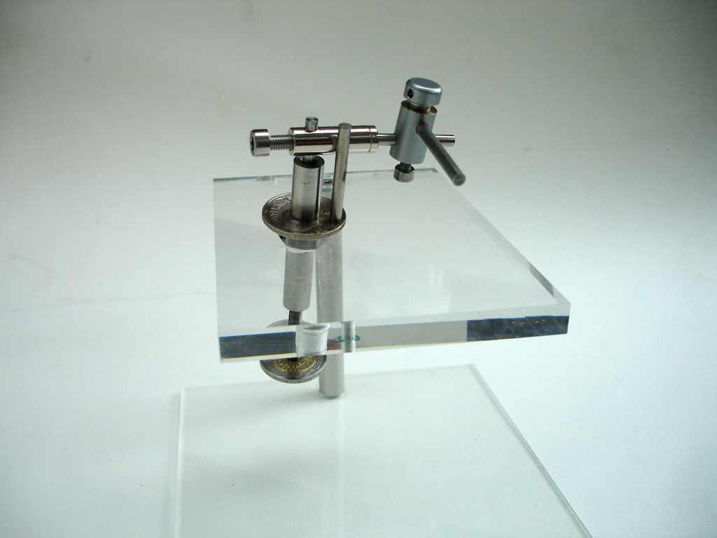 Front view of assembled manipulator.